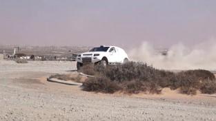 """Latviešu Dakaras """"OSCar"""" šogad redzams Apvienoto Arābu Emirātu rallija čempionātā"""