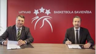 Banki ieradies Latvijā un oficiāli parakstījis līgumu par izlases trenēšanu