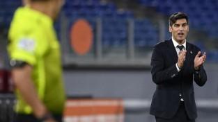 ''Tottenham'' turpina trenera meklējumus ar Fonsekas uzrunāšanu