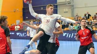 Kušnera 15 vārti kaldina Latvijas U19 izlases uzvaru un iekļūšanu pusfinālā