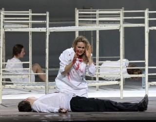 Latviešu soprāna Kristīnes Opolais atveidotā Nāra joprojām satriec skatītājus