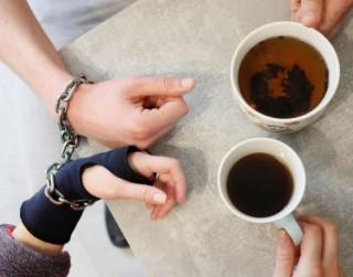 Tests: Kā saprast, ka esi līdzatkarīgās attiecībās