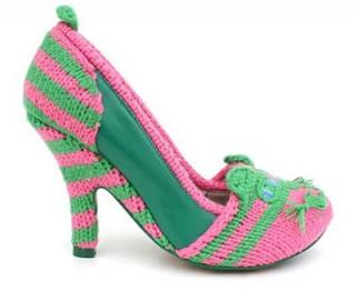 Foto: Radoša ideja: tamborētas kurpītes