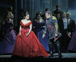 Ņujorkas Metropoles operas teātris jauno sezonu svinīgi atklāja ar Džuzepes Verdi operas <i>Otello</i> jauniestudējumu