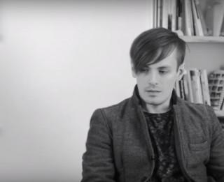 """MVT Vasaras mājas otro sezonu noslēdz fotogrāfs Andrejs Strokins ar izstādi """"Nezināmais dalāmais"""" (+VIDEO)"""