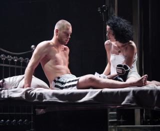 """Liepājas teātrī 50. reizi tiks spēlēta izrāde """"Piafa"""""""
