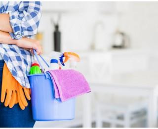 Padomi, kā ātri un efektīvi tīrīt un kārtot mājokli. Galvenais, kas jāzina aizņemtiem cilvēkiem