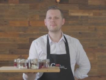 Video: Garda deserta recepte burciņā