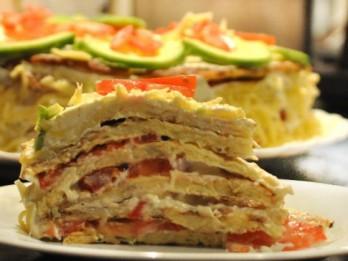 Kabaču torte ar tomātiem un sieru