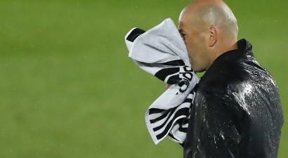 """Madrides """"Real"""" negūst vārtus un iedragā savas cerības uz titulu"""