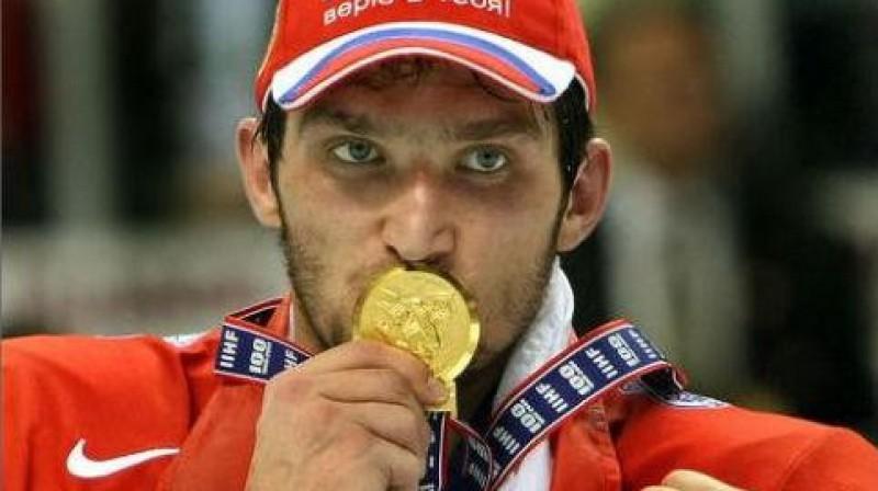 Olimpisko zelta medaļu Krievijas izlases līderis Ovečkins šajās spēlēs nebučos. Viņš nebučos nevienu medaļu...  Foto: Scanpix/f64