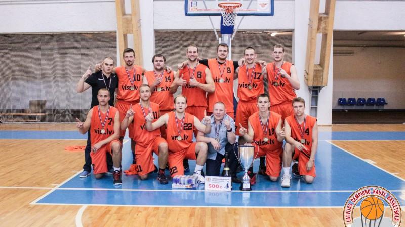 """""""Viss.lv/Kandava"""" – divkārtējie Latvijas čempionu kausa basketbolā ieguvēji  Organizatoru foto"""