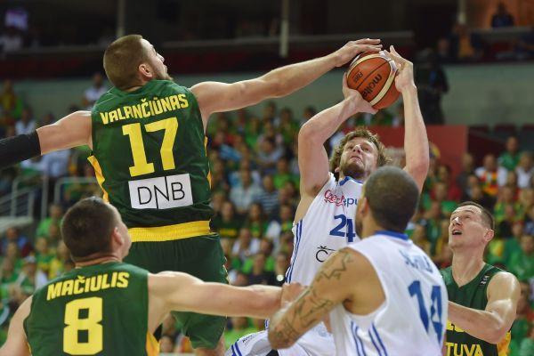 Čehu līderis Veselijs varētu atgriezties NBA