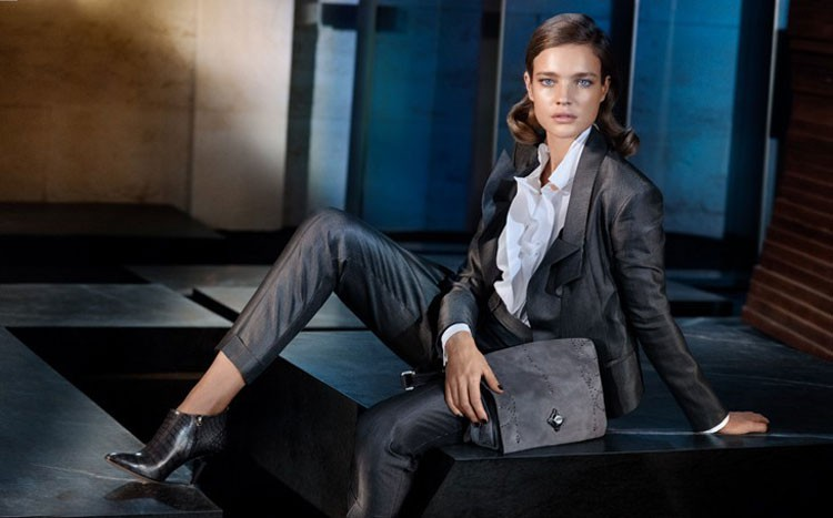 10 lietas, kurām, pēc stilistu domām, jābūt katras modernas sievietes garderobē