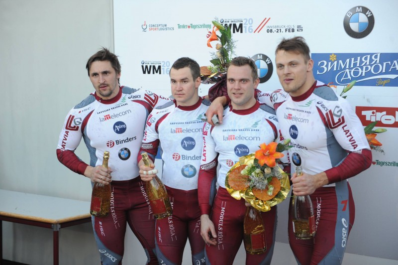 Melbārža ekipāža triumfē pasaules čempionātā
