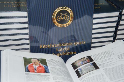 """Tapusi grāmata - """"Riteņbraukšanas sports Latvijā trīs gadsimtos"""""""