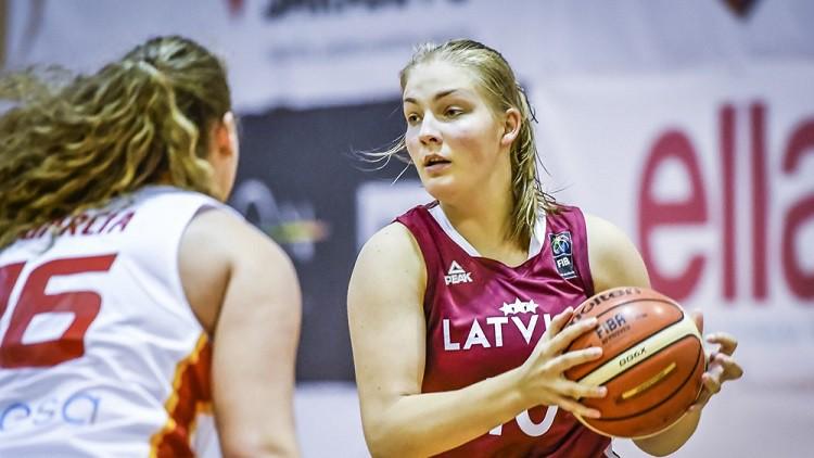 Trīs amerikānietes, viena itāliete un 12 no LSBL: U20 izlase gatavojas FIBA turnīram
