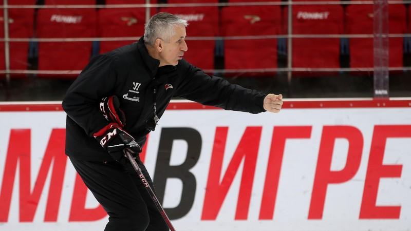 """Olimpiskais čempions: """"KHL nav bizness - nav vērts apdraudēt spēlētāju veselību"""""""