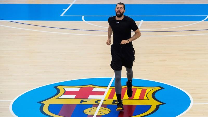 ''Barcelona'' piedāvā algas samazinājumu, Mirotičs nepiekrīt