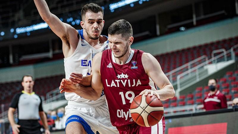 Latvijas izlase izlaiž pārsvaru un pagarinājumā piekāpjas arī Grieķijai