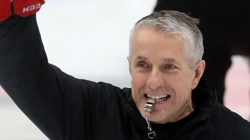 """Hārtlija aizsargi sarūpē """"Avangard"""" triumfu KHL pusfināla septītajā mačā"""