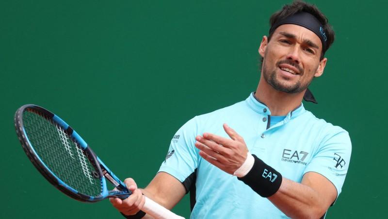 Foņīni diskvalificēts Barselonā, Nadalam grūtības jau pirmajā mačā