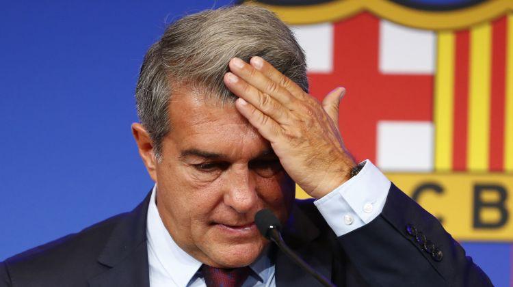 Demisionējušais komisijas loceklis kritizē Barselonas prezidentu par Mesi zaudēšanu
