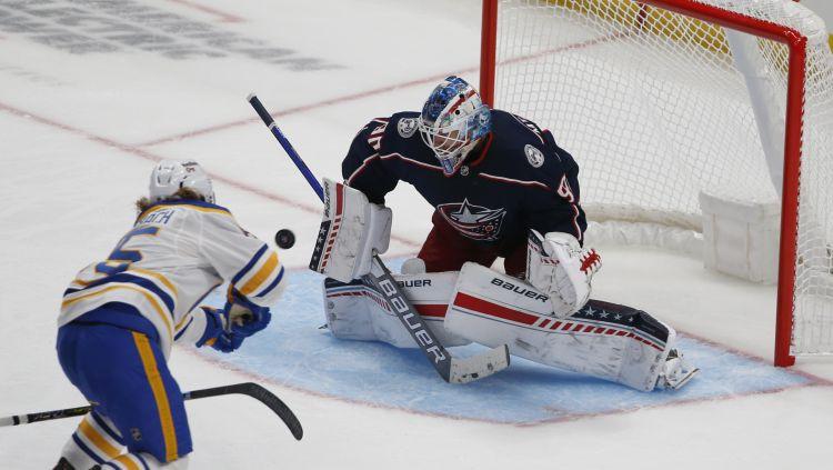 NHL sezonu sāks Girgensons un Merzļikins, Bļugeram otrā sezonas spēle Floridā