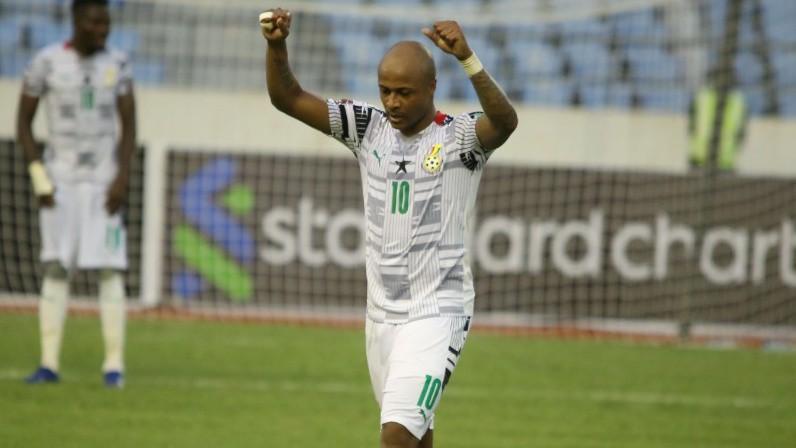 Āfrikas zonā uzvaras favorītiem, Senegāla un Maroka ar vienu kāju pēdējā posmā